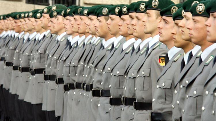 Zorunlu askerlik geri mi geliyor?