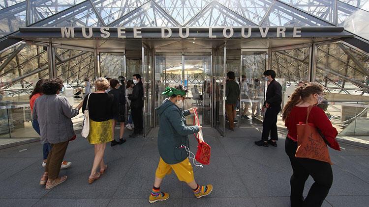 Tedbir için kapatılmıştı; dünyaca ünlü müze 3,5 ay sonra yeniden açıldı