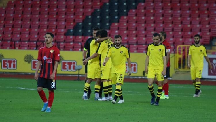 Eskişehirspor 0 - 3 İstanbulspor