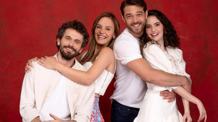Çatı Katı Aşk dizisi oyuncuları kimdir, konusu nedir İşte Çatı Katı Aşk oyuncuları