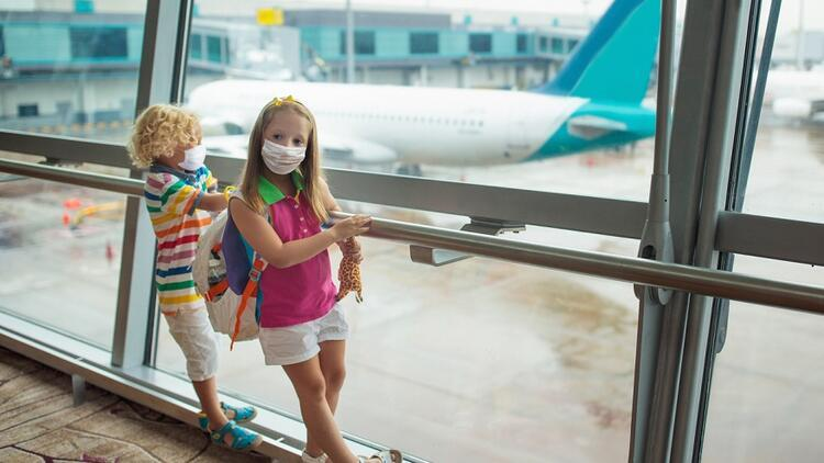 Pandemi döneminde çocukla uçuşunuz daha rahat geçsin