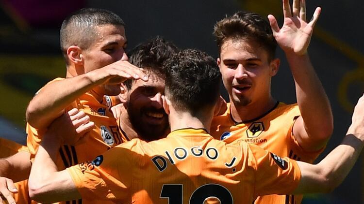 Wolverhampton, Everton'ı Jimenez, Dendoncker ve Jota ile geçti!