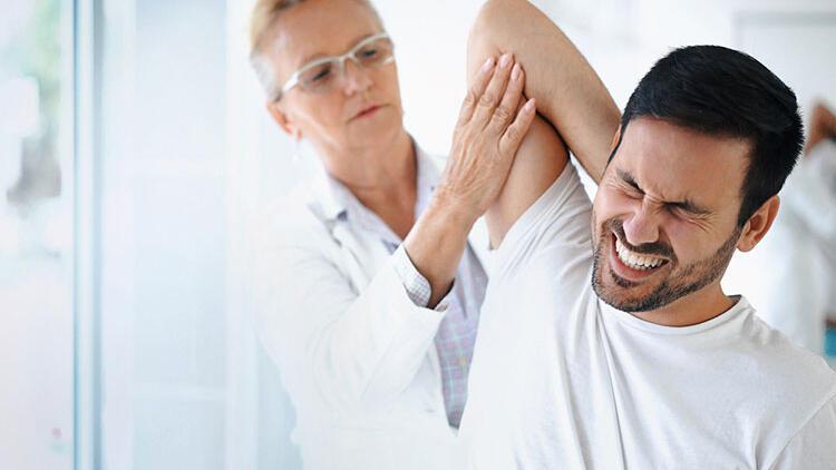 Omzunuzdaki ağrıya dikkat! Bu belirtiler varsa...
