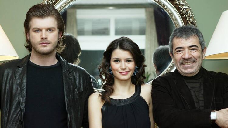 Aşk-ı Memnu saati mi değişti Kanal D yayın akışı içerisine Aşk-ı Memnu yeni saatinde