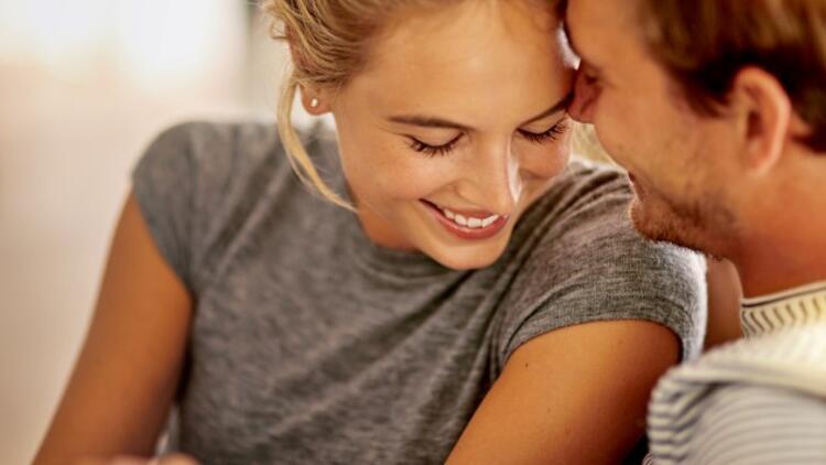Aşk Nedir? Aşkın Psikolojik ve Fizyolojik Etkileri Nelerdir?