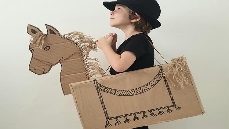 Çocukların çok seveceği,eğlenceli bir aktivite: Kartondan dıgıdık at