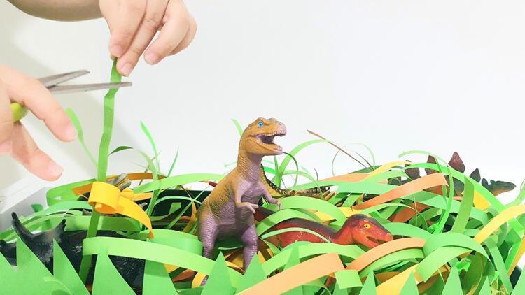 Çocuklara makas kullanmayı sevdirecek eğlenceli bir oyun