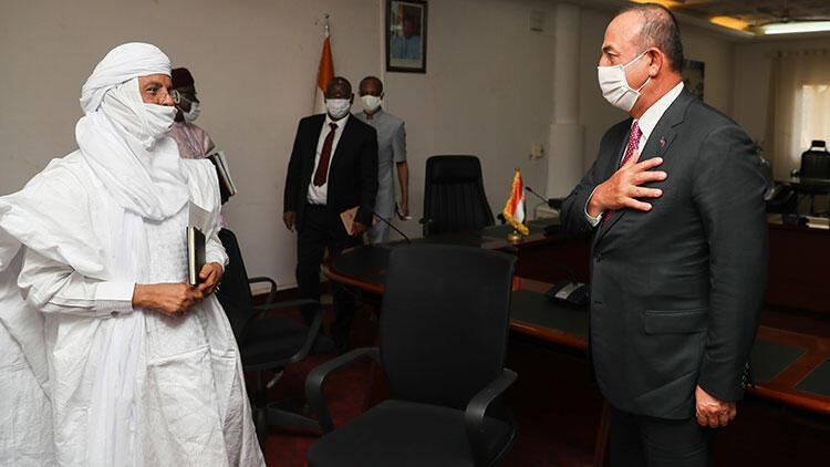 Dışişleri Bakanı Mevlüt Çavuşoğlu, Nijer Başbakanı Rafini ile bir araya geldi