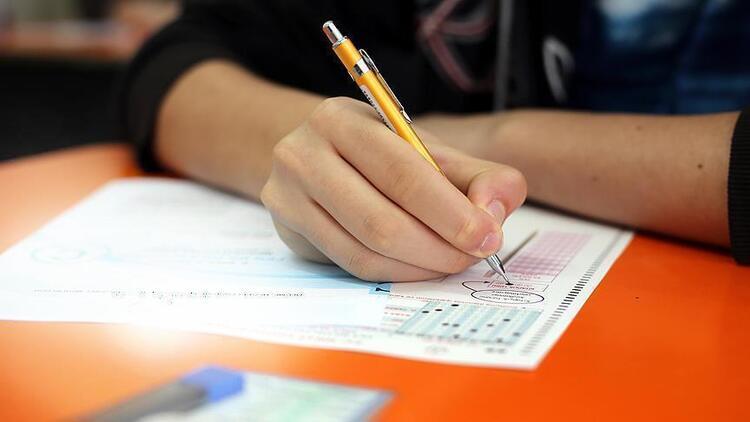 AÖF yaz okulu sınavları online mı olacak?