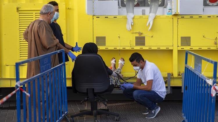 İsrail'de günlük koronavirüs vaka sayısında rekor
