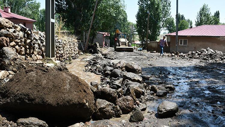 Ağrı'daki sel sonrası hasar tespit çalışmalarına başlandı