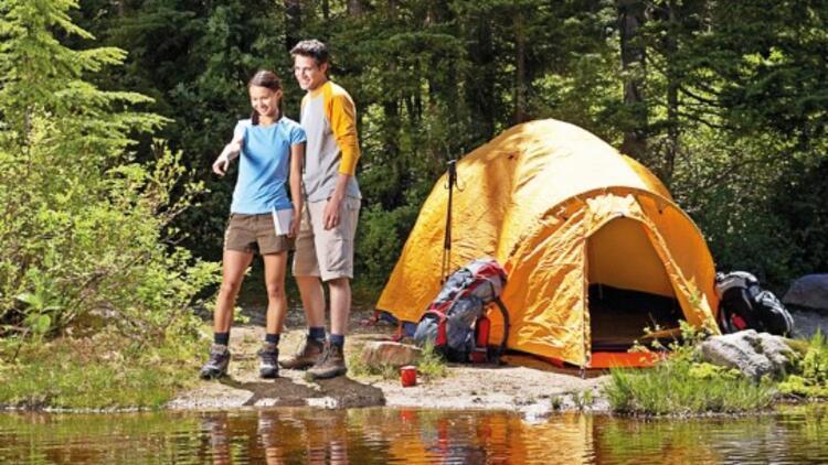 Bu yaz çadıra girdik