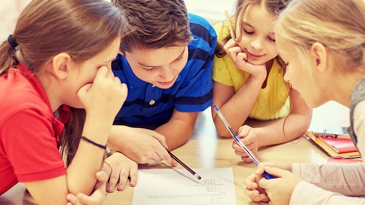 Pandemi sürecinde çocuklar okula nasıl hazırlanmalı, aileler ne yapmalı?