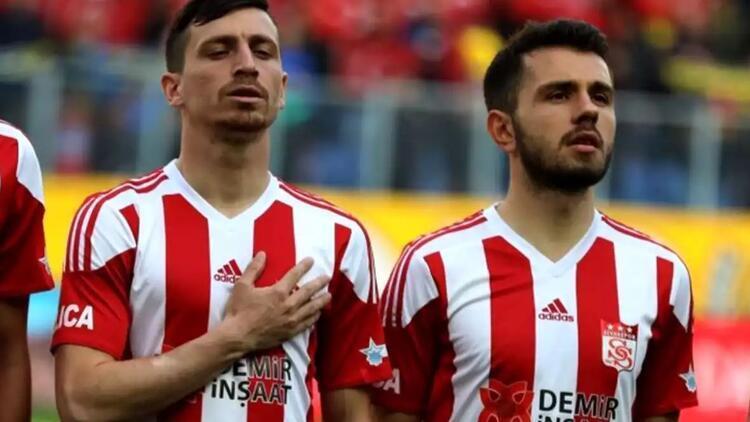 Son Dakika | Sivasspor, Mert Hakan Yandaş ve Emre Kılınç ile yolların ayrıldığını açıkladı