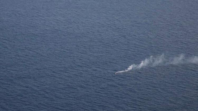 Akdeniz'de 95 düzensiz göçmen 30 saati aşkın süredir kurtarılmayı bekliyor