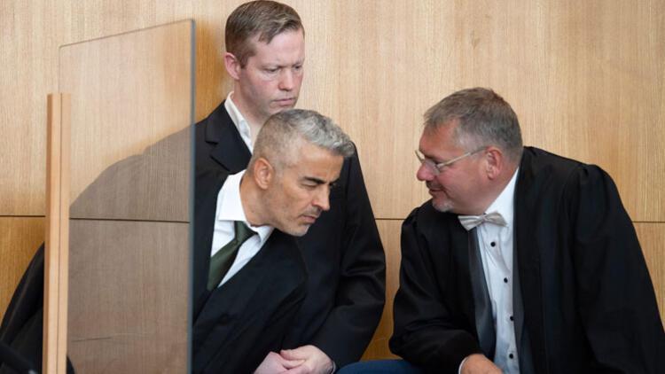Lübcke davasında sanık avukatlar ters düştü