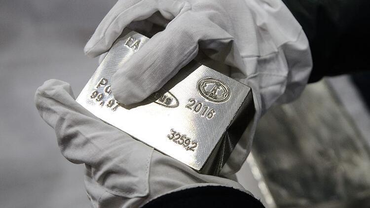 Gümüş fiyatları yüzde 6.0 artışla 24 doları aştı