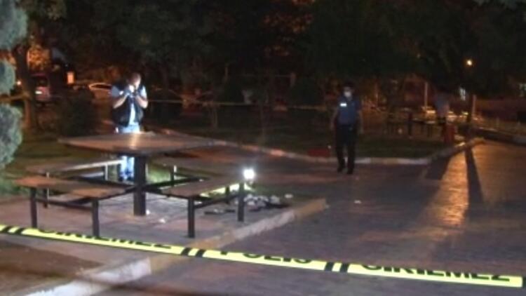 Ailesiyle parkta otururken silahlı saldırıya uğrayan şahıs hayatını kaybetti