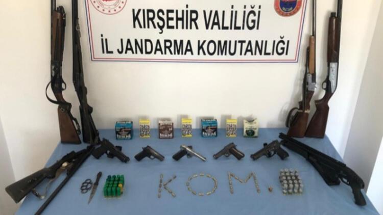 Kırşehir'de silah ticaretine 6 gözaltı