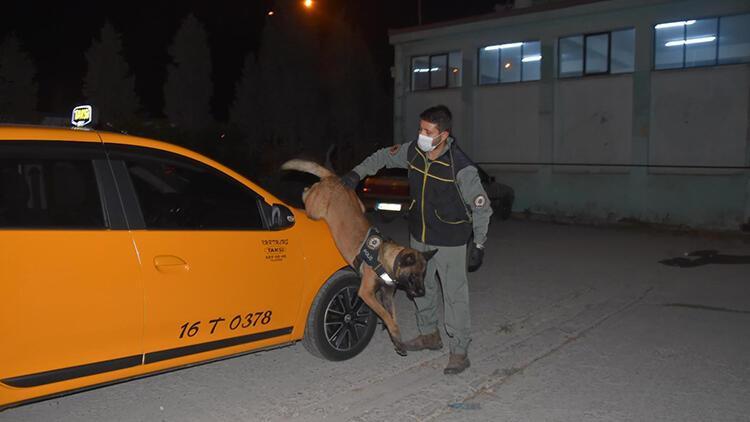 Kütahya'ya taksi ile uyuşturucu getiren kadın yakalandı