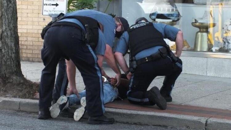 ABD'de 15 yaşındaki bisikletli gence polis şiddeti
