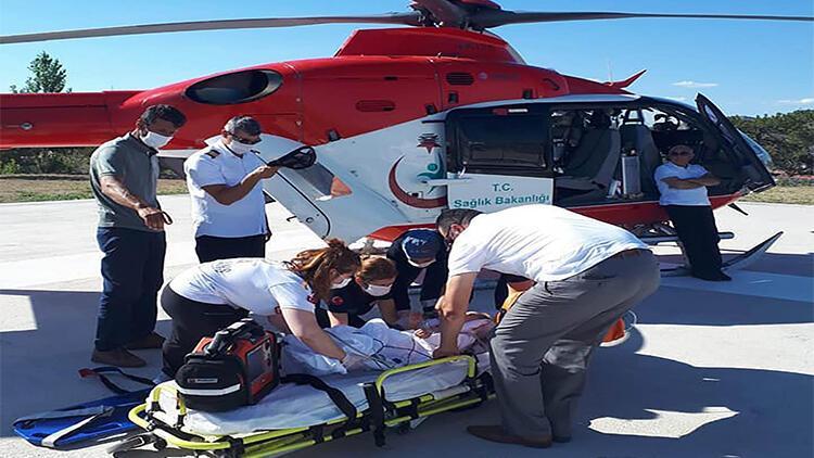 Üzerine televizyon düşen bebek, hava ambulansı ile sevk edildi