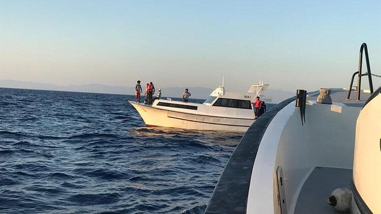 Muğla'da Yunanistan tarafından Türk kara sularına itilen sığınmacılar kurtarıldı