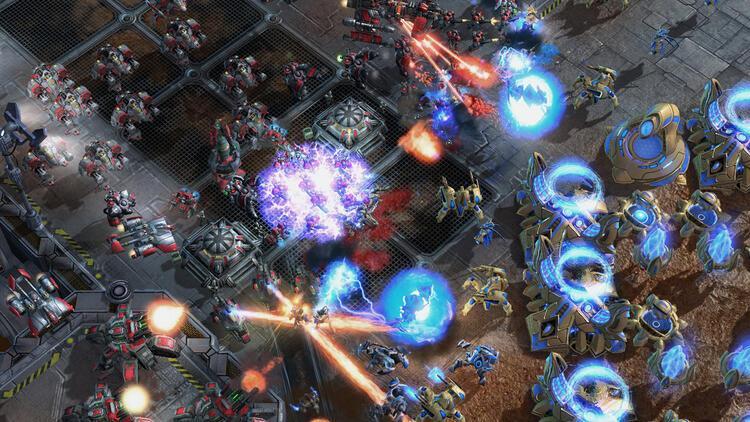 Starcraft II oyuncularına yıl dönümü sürprizi