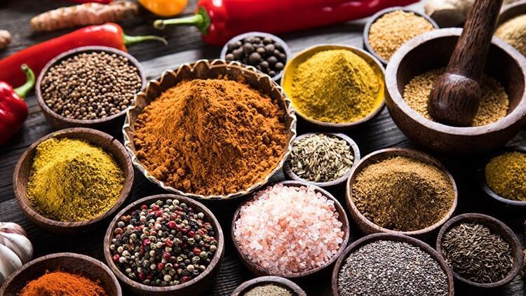 Aromasız baharatlara dikkat...Kurban etinde lezzet için baharat şart