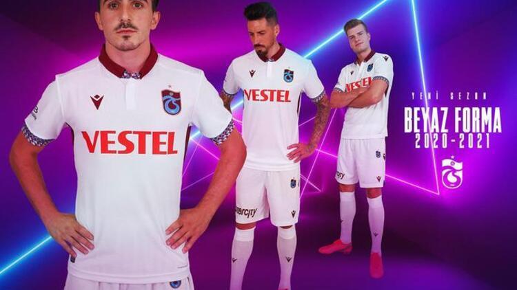 Trabzonsporun forma tanıtımında transfer detayı Sörloth var, Novak yok...