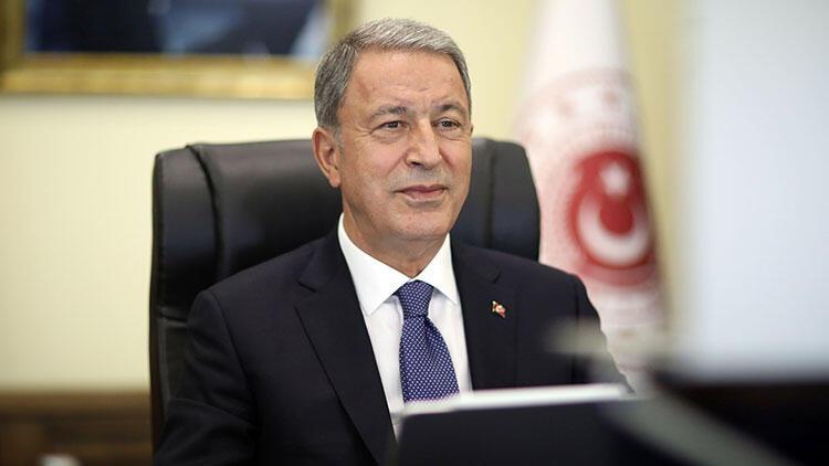 Bakan Akar'dan net mesaj: 'Herkes Türkiye Cumhuriyeti'nin aldığı kararlara saygı duymak durumunda'
