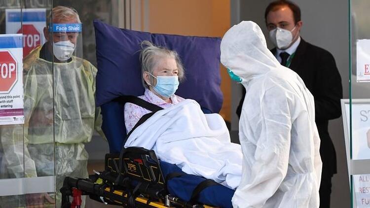 Avustralya'da Covid-19 vaka ve ölüm sayılarında rekor artış