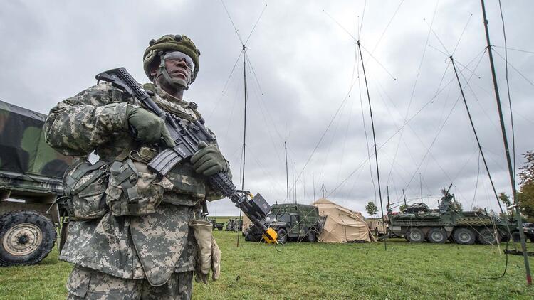 ABD, 12 bin askerini Almanya'dan çekiyor
