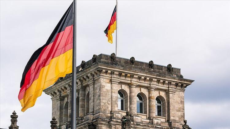 Alman ekonomisi ikinci çeyrekte Kovid-19dan dolayı yüzde 10,1 küçüldü