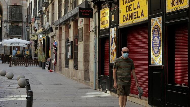 Almanya, İspanya'nın 3 bölgesini Covid-19 konusunda riskli ilan etti