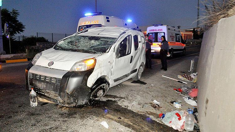 Manisada aşırı hız kazası 2si çocuk 5 kişi yaralı