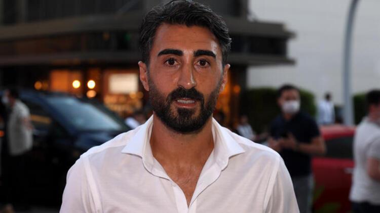 Başakşehir kaptanı Mahmut Tekdemir: 'Kulüpte dibi de gördüm, şu an zirveyi yaşıyorum'