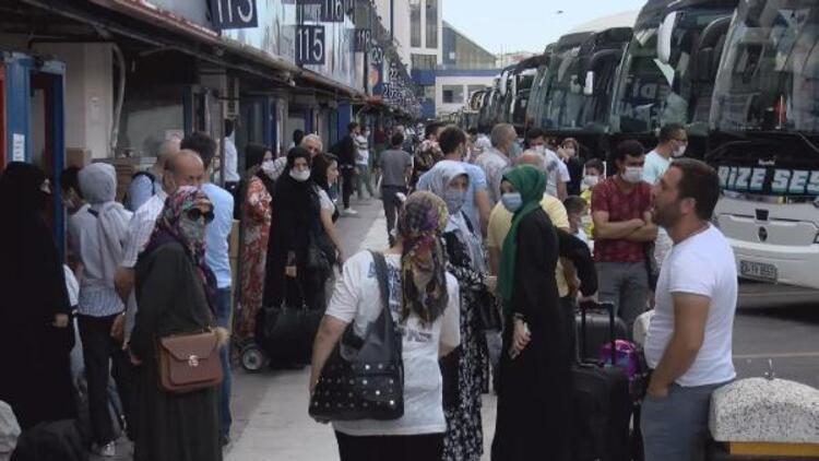 15 Temmuz Demokrasi Otogarı'nda bayram dönüşü hareketliliği başladı