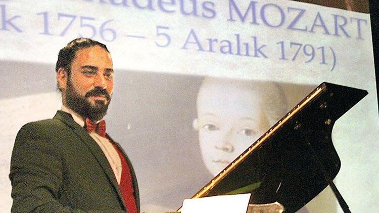 34 bin 558 çocuğa piyano öğretti
