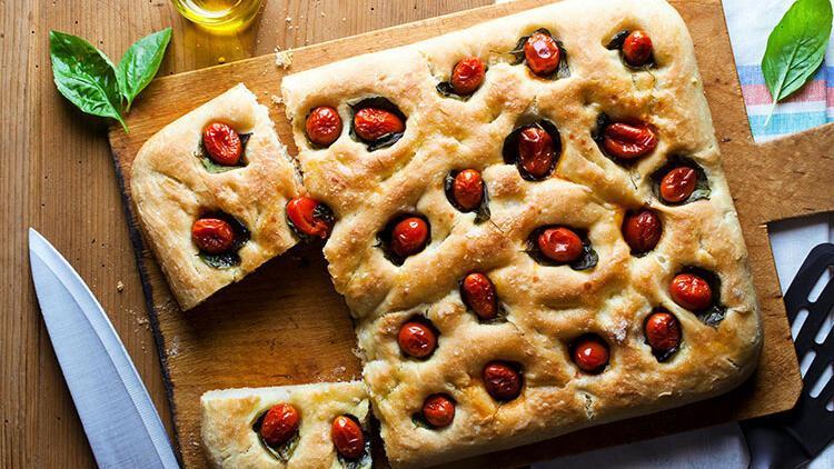 En ünlü İtalyan pizzanın annesi focaccia
