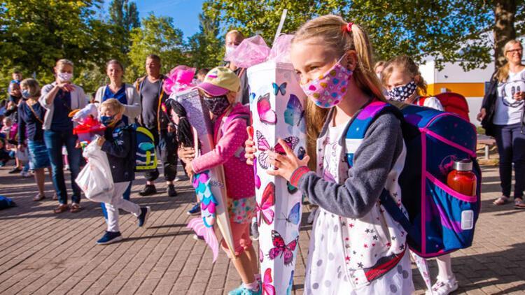 Almanya'da okullar açılmalı mı?