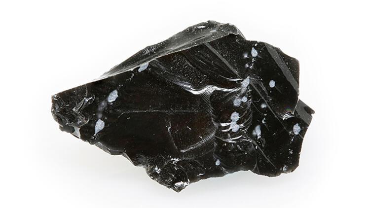 Obsidyen Taşı Nedir, Nerelerde Ve Nasıl Bulunur? Obsidyen Taşı Nasıl Anlaşılır? Özellikleri Ve Faydaları