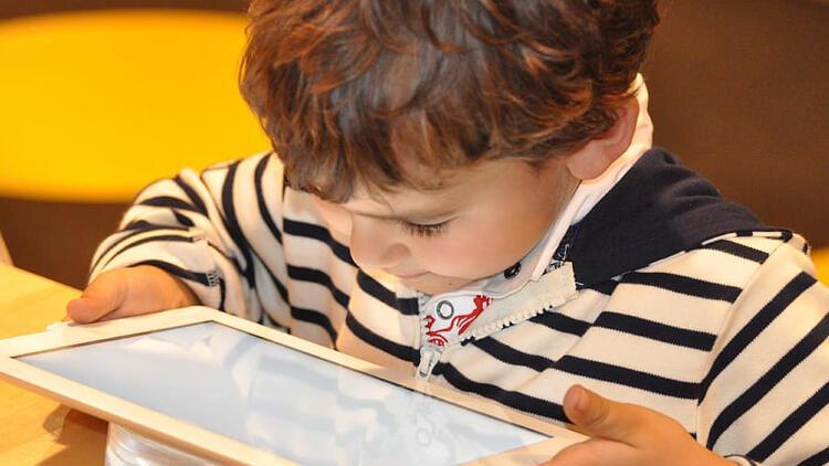 Çocuklarımızı internet  bağımlılığından nasıl kurtarabiliriz?