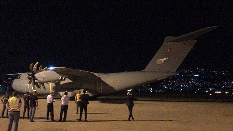 Son dakika... Türkiye'den Lübnan'a yardım götüren uçak iniş yaptı