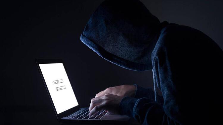 Hackerlar en çok bu sektörde olanlara saldırıyor