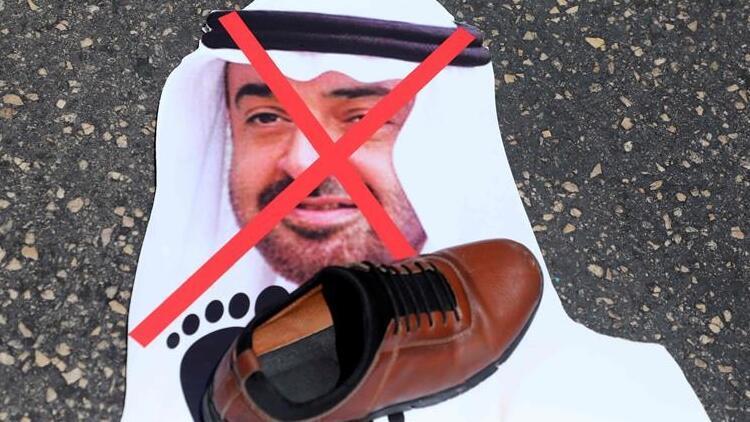 Filistinliler, Abu Dabi Veliaht Prensi Bin Zayid'in posterlerini ateşe verdi