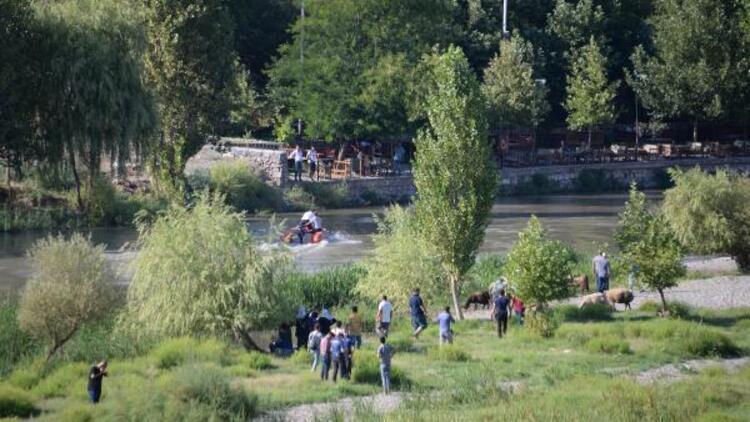 Dicle Nehri'nde akıntıya kapılan Hasan'dan acı haber