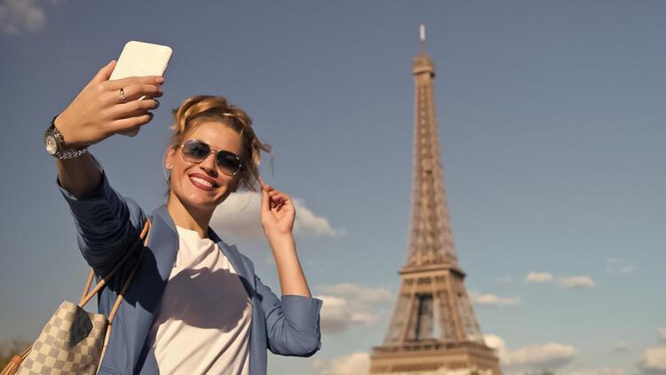 Cep telefonsuz bir tatil düşünmüyoruz
