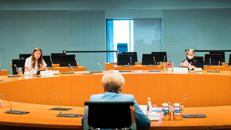 Thunberg, Merkel'den umduğunu bulamadı