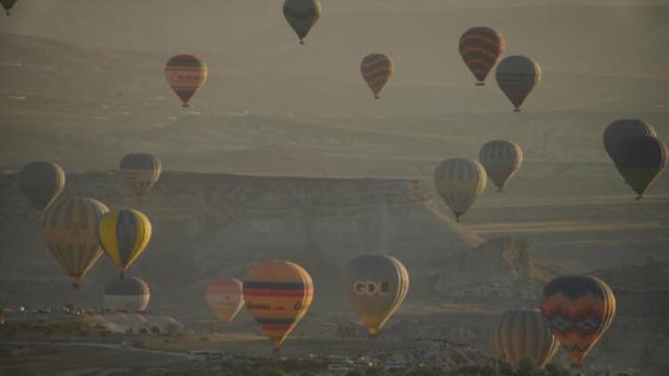 Sıcak hava balonu uçuşlarına 'koronavirüs' genelgesi